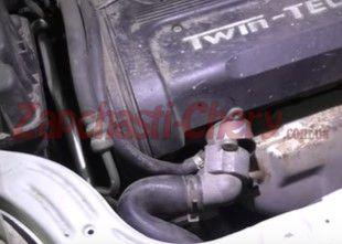 Проверяем патрубки после прогревания двигателя