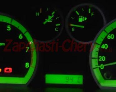 Температура двигателя удерживается на отметке 94 градуса